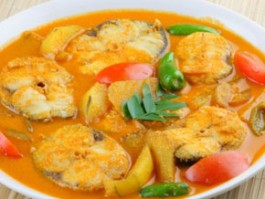 F-4 FISH CURRY
