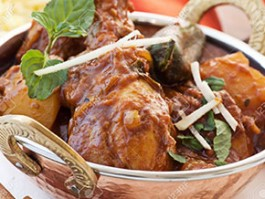 C-4 CHICKEN VINDALOO